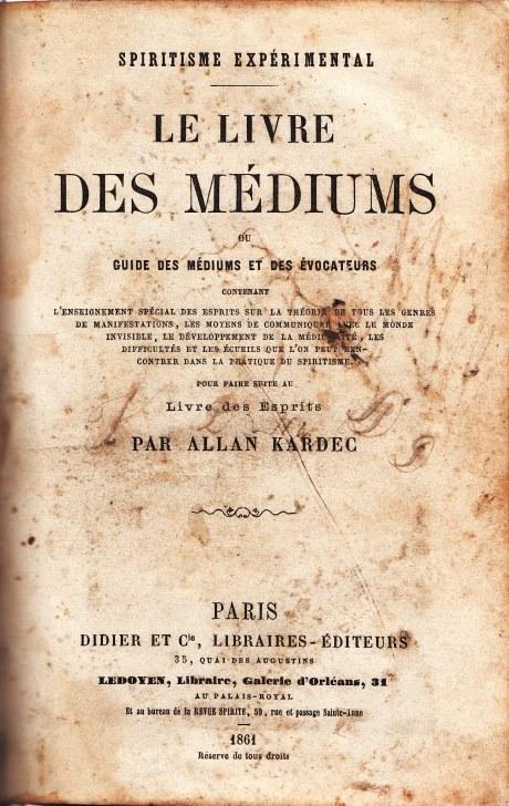 Le_Livre_des_Médiums